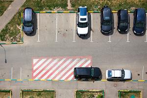 海康威视智能停车场管理系统 轻松搞定老旧小区停车难问题