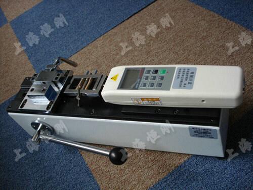 线束端子检测设备图片